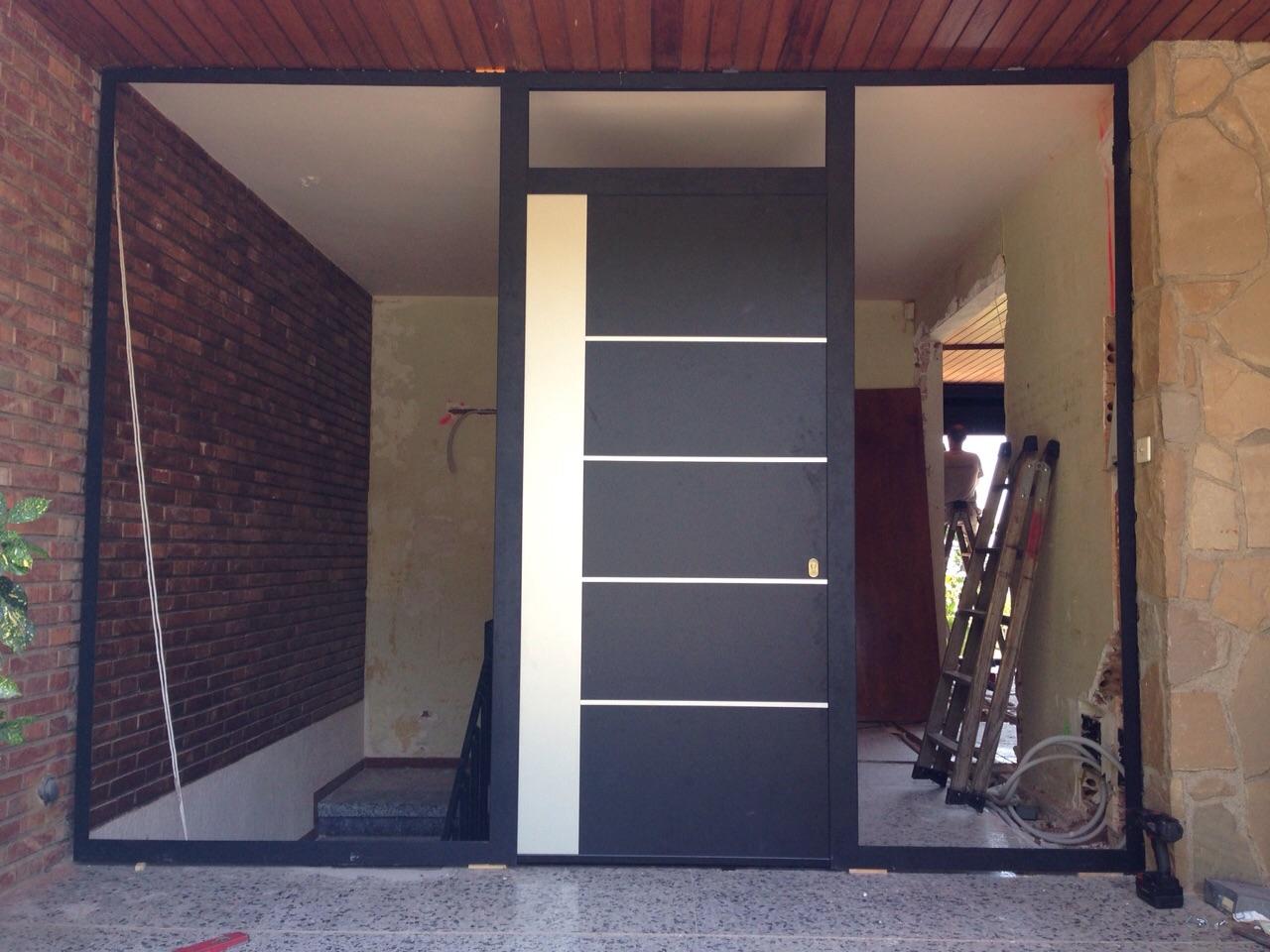 Finestres i porta Renova a Argentona